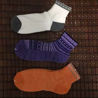 GU 襪子;白灰, 紫, 橘