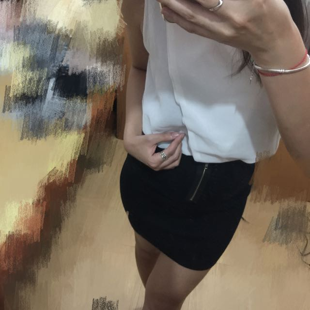 彈性貼身窄裙 黑與灰