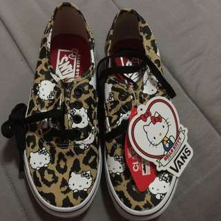 BN Hello Kitty Vans
