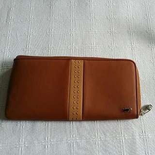 NEW- Braun Buffel Long Wallet