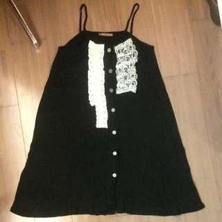 9成新 黑色素不對稱蕾絲洋裝