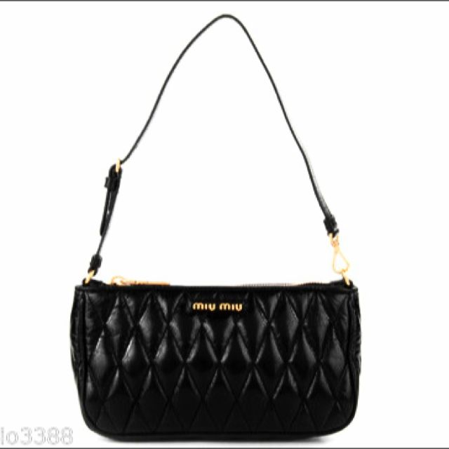 aa31c5f54ae 🎀 MIU MIU by Prada Black Quilted Leather Shoulder Bag 100% AUTH+NEW   5N1894, Luxury on Carousell