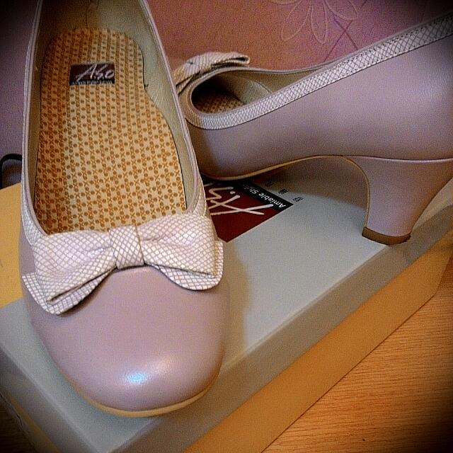 ASO 氣質粉蝴蝶結低跟鞋