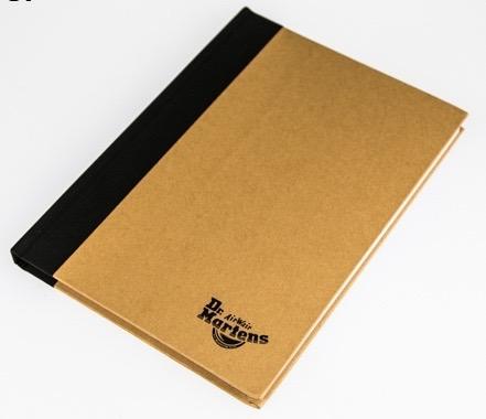 開學季 DR.Martens 馬丁 橫條筆記本 原價$699,特價$200