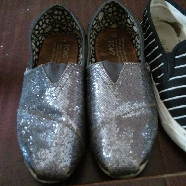 TOMS 灰色 黑色 基本款 帆布鞋 6成新