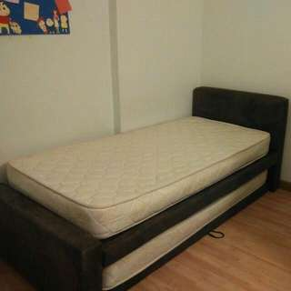 Double Layer Bed Come With Mattress & A Free Study Table.