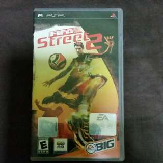 PSP FIFA STREET 2 GAME (OFFICIAL FIFA LICENSED PRODUCT)