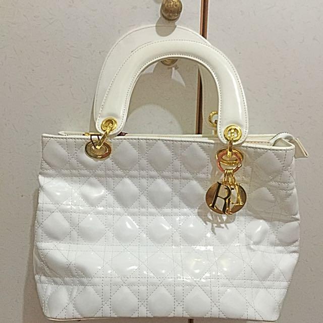 白色手提包包 (全新)