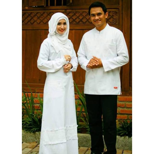 Model Baju Couple Terbaru Modern Lebaran Pasangan Muslim Gamis