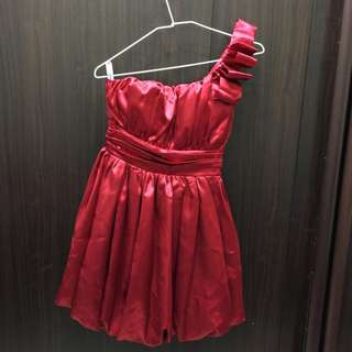 二手-緞面紅色斜肩小禮服 洋裝