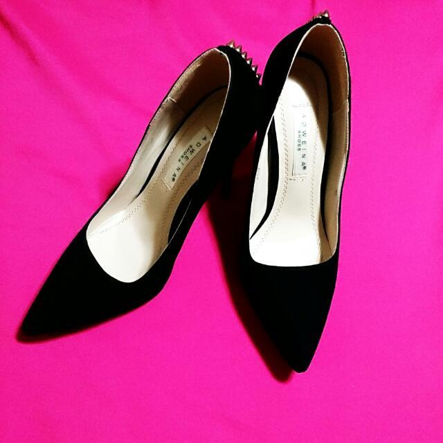 9成新👠歐美 LuLu's麂皮後鉚釘尖頭細跟鞋/36 黑
