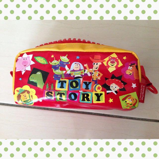 玩具總動員大拉鍊鉛筆盒/化妝包(保留)