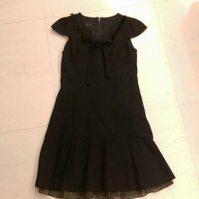 秋冬出清 品牌毛呢黑洋裝