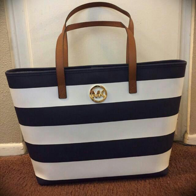 Michael Kors Travel Tote Leather