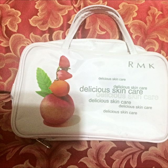 RMK 化妝品小包-全新