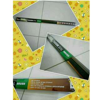 DOOR SEAL - BRUSH TYPE (NEW) - RM 12.00 *self adhesive *fits all doors to 36in (915mm) *can be screwed or fixed
