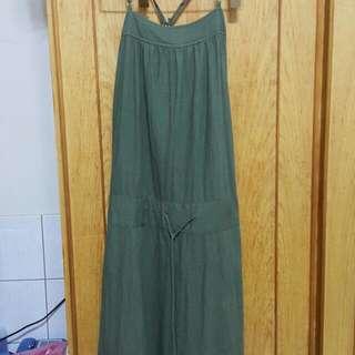 氣質棉麻綠色長裙,長度約到小腿