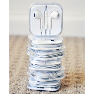 HIGHEST QUALITY EARPHONES for iPHONE/iPOD/iPAD with REMOTE & MIC!!
