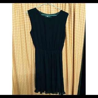 VOIR Sleeveless Black Dress