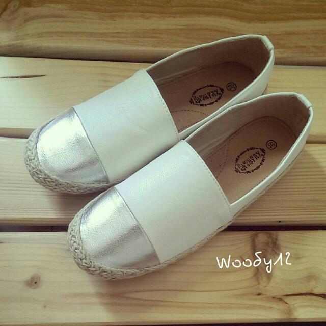 韓版鞋/ 包鞋 (保留)