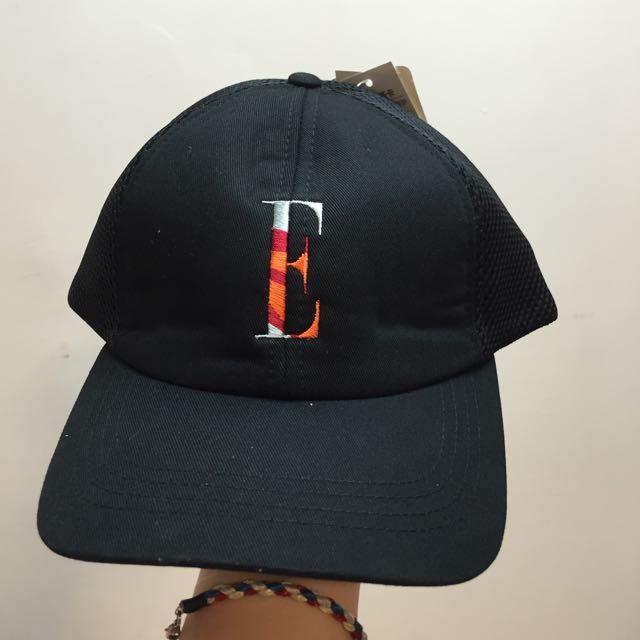 全新ELLE黑色老帽 吊牌未剪