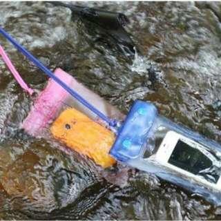 手機防水袋  【不挑色】5.5吋內手機適用(特價預購)6個以上郵寄免運