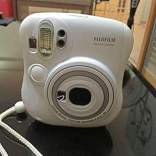 Fujifilm Instant Camera (Instax Mini 25)