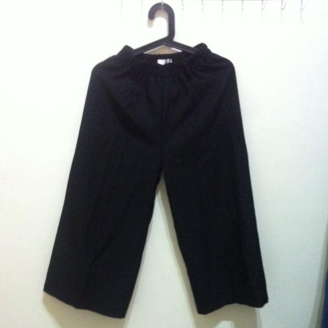 (待匯)黑色寬褲