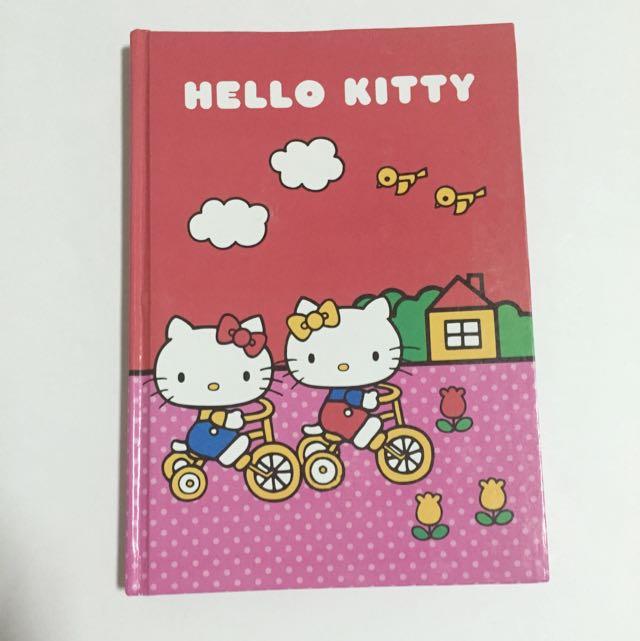 全新 Hello Kitty 筆記本