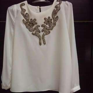 全新,正韓立體縫製珠珠,純白上衣