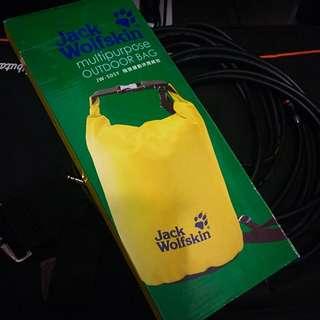 Jack Wolfskin 防水休閒桶包