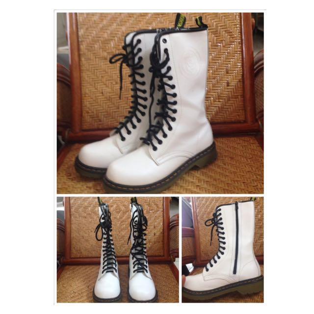 (含運)學院風👭白色中統馬丁靴