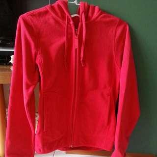 lativ 紅外套