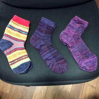 日本低調彩色麻花編織襪