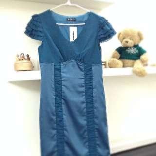 湖水藍V領氣質小禮服