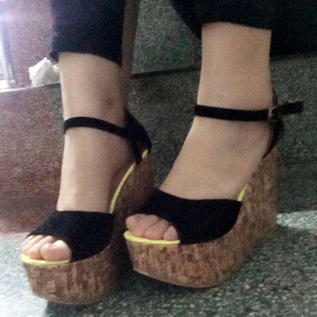 螢光楔型高根鞋