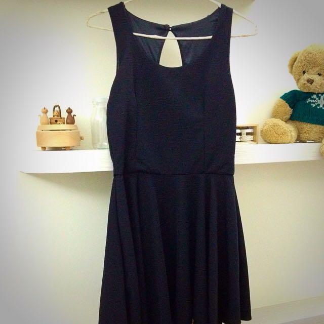 韓風無袖黑色小洋裝