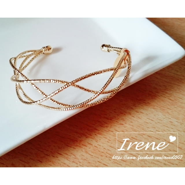 IRENE韓國飾品❥金色曲線造型百搭手環