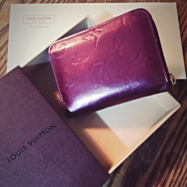 真品❤️ LV VERNIS 紫色漆皮壓紋ZIPPY短夾 零錢包 卡夾M93603