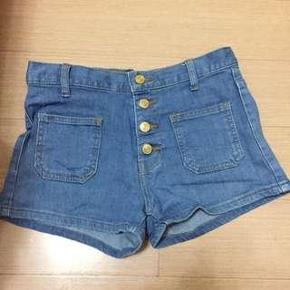 高腰金扣深藍牛仔短褲