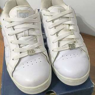 DC全白彩色水鑽板鞋