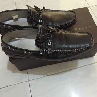 Pedro Shoe Used