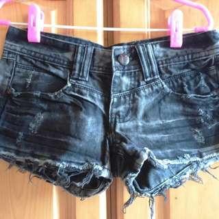 貳手■牛仔短褲M號