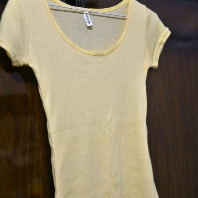 全新羅紋粉黃色上衣
