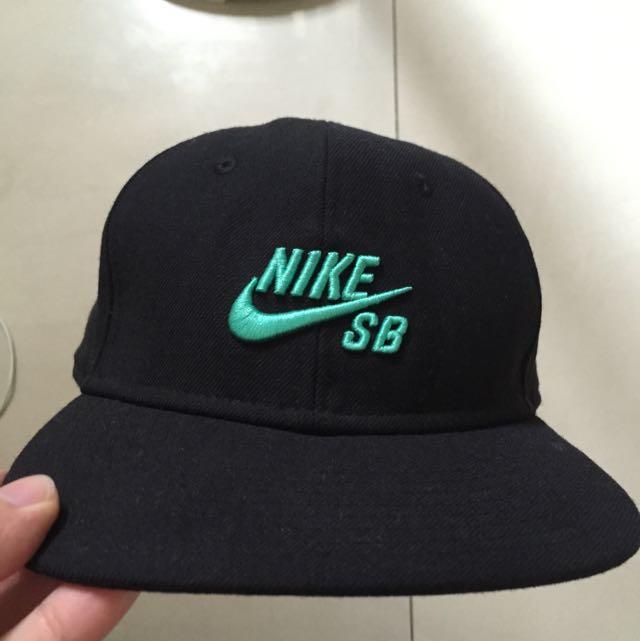 Nike sb 樂門配色帽子