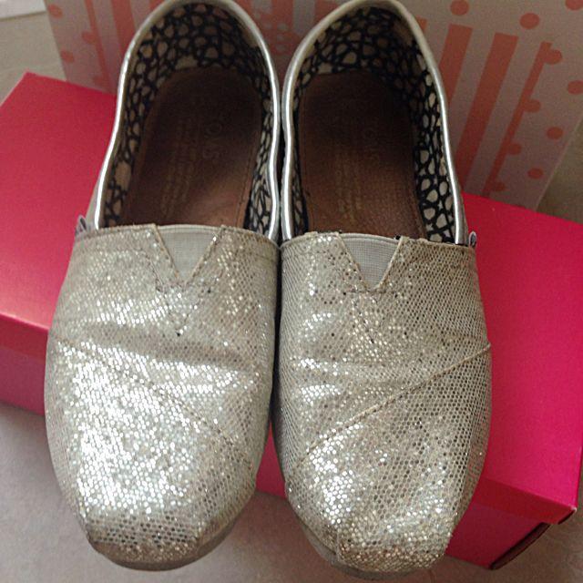 專櫃正品-Toms 銀色亮片 休閒鞋