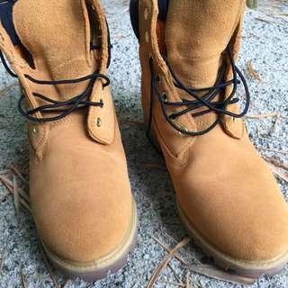 Timberland boots. UK8