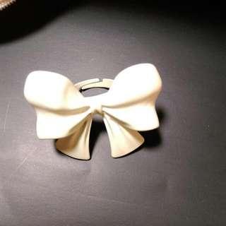 可調式蝴蝶結戒指