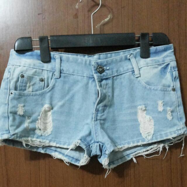 牛仔短褲 淺藍