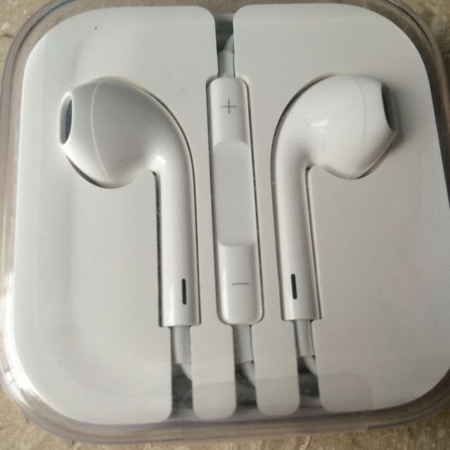 Brand New Unopened Apple Earphones